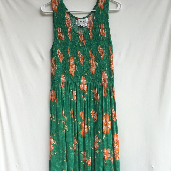 Bali Chic One Sleeveless Elastic Hawaiian Dress